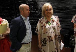El diputado Luis Venta, con la presidenta del PP de Asturias.