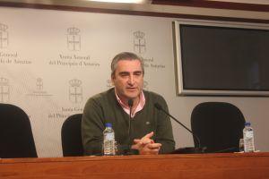 El portavoz de Sanidad del PP, Carlos Su�rez.