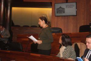 La diputada Marif� G�mez, en su esca�o del Parlamento asturiano.