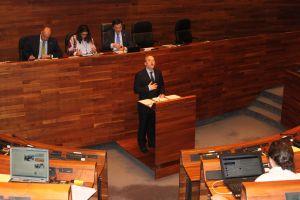 José Agustín Cuervas-Mons, en el Parlamento.