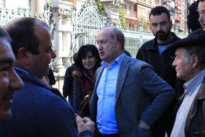 Luis Venta, con los ganaderos.