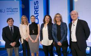 Cuervas-Mons, con varias de las ponentes.