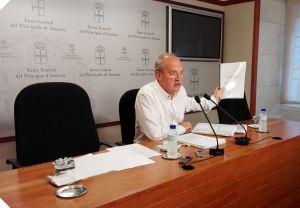 Jos� Agust�n Cuervas-Mons, en la Junta General.