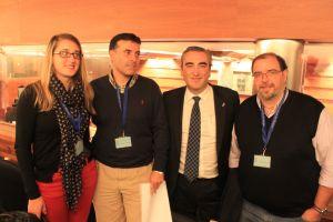 Carlos Su�rez, con Jos� Luis Fontaniella y concejales del PP de Cangas del Narcea.
