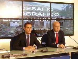 David González Medina y Luis Venta, durante la rueda de prensa de presentación de las jornadas.