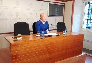Luis Venta, en la sala de prensa de la Junta General.