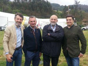 Matías Rodríguez Feito, Juan Carlos Rodríguez, Emilio de Vicente y Pedro de Rueda, en Cornellana.
