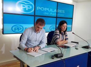 Pablo Álvarez-Pire y Susana López Ares.