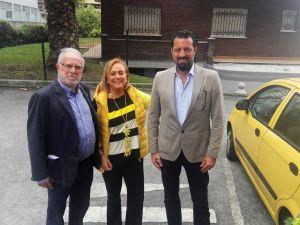 Mercedes Fernández, con Pablo Quiñones y Eloy Alonso.