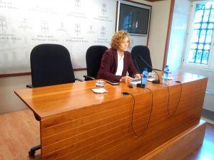 Gloria García, en la sala de prensa de la Junta General.