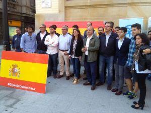 Andrea Levy y Luis Venta, en Gijón, en el acto en defensa de la unidad de España.