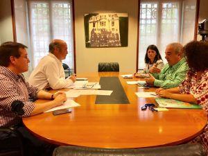 Luis Venta y Rafael Alonso, durante su reunión con el sindicato CSIF.