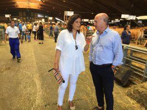 Luis Venta, con Beatriz Polledo, en Agrosiero.