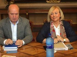 Mercedes Fernández y Luis Venta, en la Junta de Portavoces del Parlamento asturiano.