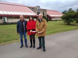 Susana López Ares y José Felgueres, ante la sede del IPLA.