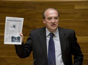El diputado Jos� Agust�n Cuervas-Mons, en la Junta.